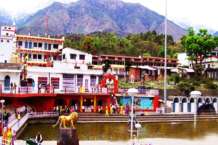 Chamunda Devi Temple, Himachal