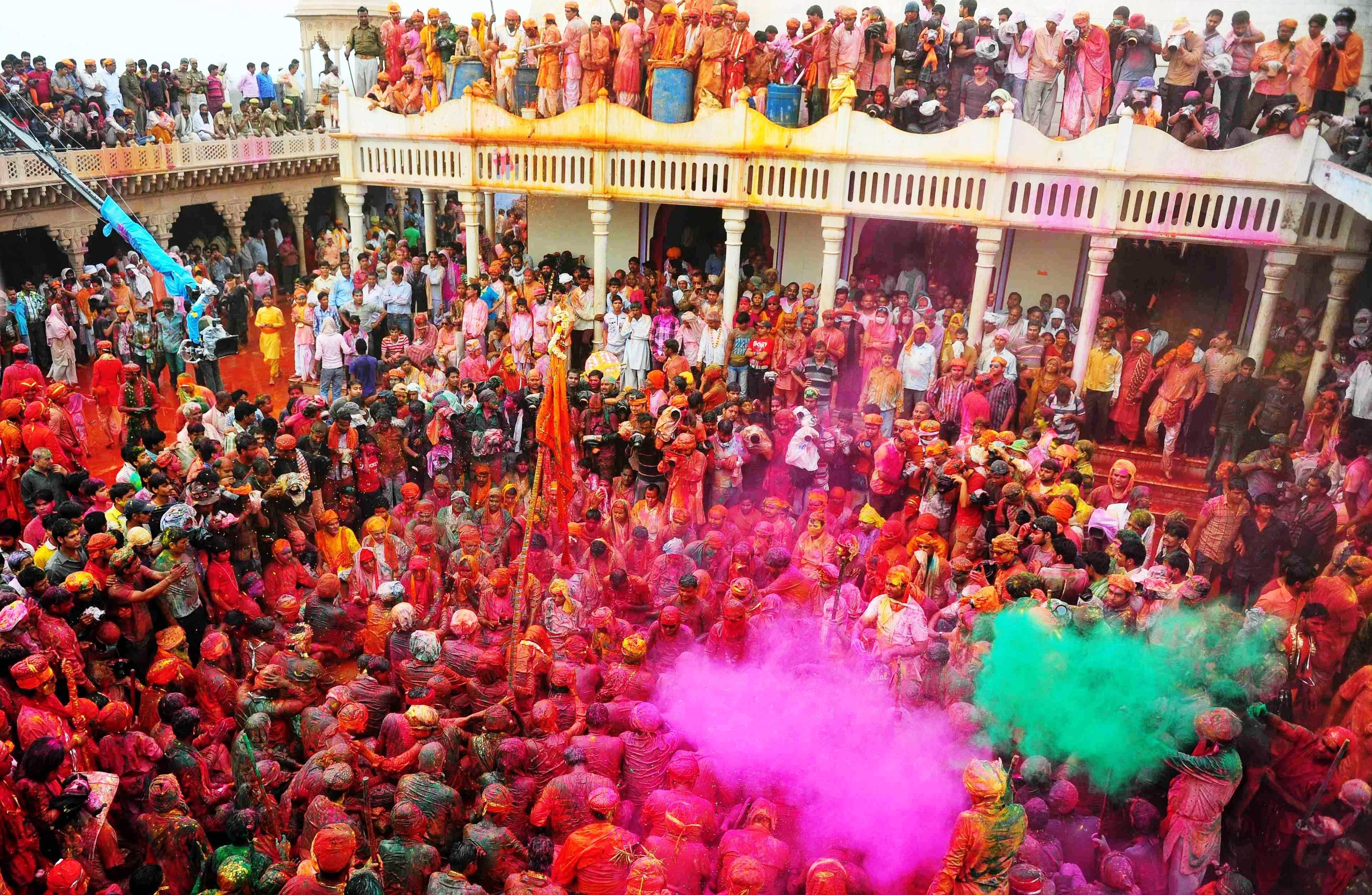 Holi celebrations in Barsana